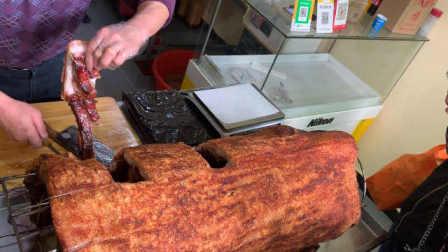 宫廷御菜脆皮烤猪,一个半小时卖光两头猪,排队也难尝上一口