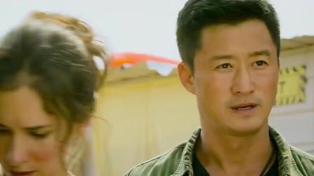 吴京这场在难民营里的枪战,真是太惊险了!