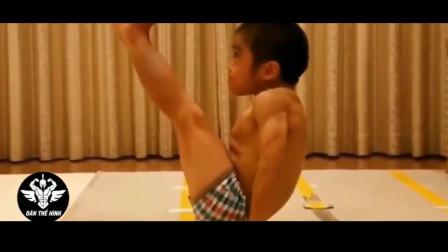 """凶残!""""日本李小龙""""高强度训练视频,疯狂摧残身高4年无变化"""