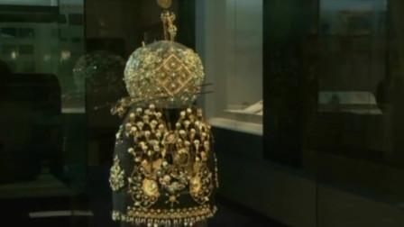 古代凤冠是如何做出来的?专家用了很多材料,仿制出来仍不完美