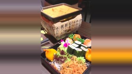 芝士寿司锅一口下去超满足,卡路里爆棚!