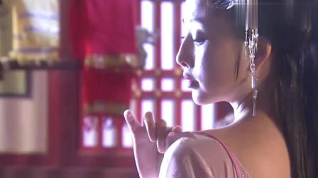 杨贵妃秘史;杨玉环来到温泉宫,入浴清华池,犹如天仙般的简直太美了
