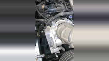 五菱宏光S发动机声音,这声音怎么听着像摩托车!
