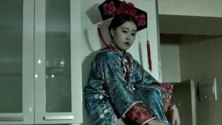 小涛电影解说:6分钟带你看完经典恐怖电影《笔仙归来》