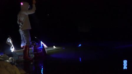 夜钓:水库边上的一个钓点,上斤的土鲮连口不停,资源太好了