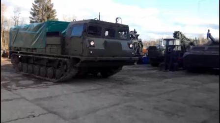 机械小问题,这辆军用工程车是怎样转弯的?