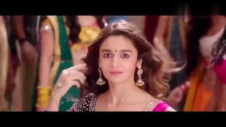 极乐净土:用舞蹈打开印度正片,不过这舞蹈也太欢乐
