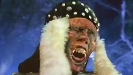 僵尸打得道士屁滚尿流,却栽在了棺材钉上,50年的公鸡才是关键