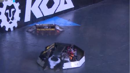 装逼一千自损八百,机器人:还好最后赢了