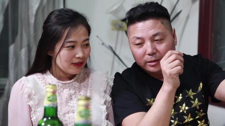 第一次去男友家吃饭就喝成这样,妹子,长点心吧。