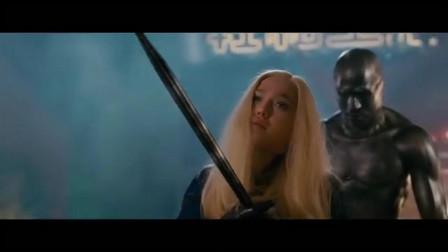 神奇四侠:隐形女为了救银影侠中箭奄奄一息,值得吗?