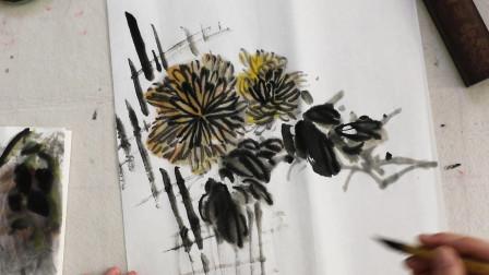 中国画水墨菊画法,枝繁叶茂花美,初级国画教程
