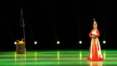 全国区域少数民族舞蹈课程展示《马背上的女人》