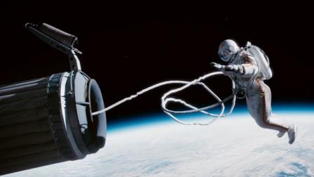 霸主国家之间的较量,为争夺第一个太空行走,宇航员把命都豁出去!