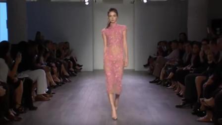 Hayley Paige 2016年春季时装秀,粉色纱裙