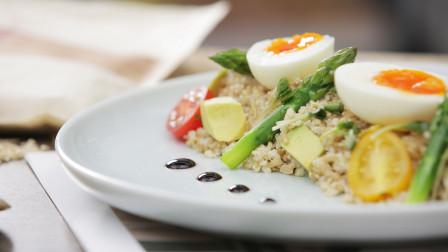 减脂界新晋网红 低脂低热量的燕麦藜麦沙拉
