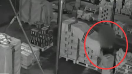 初柒文化传媒 无本生意!徐州一男子白天卖水果晚上偷水果