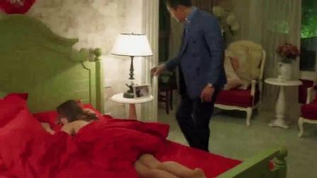 电视剧《小丈夫》:男人收留了喝醉酒的前女友在家过夜,看到昏睡的前女友,男人的心情非常复杂