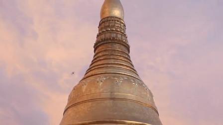 """缅甸的""""故宫"""":建筑表面金银财宝无数,必须赤脚进去参观!"""