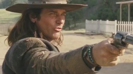 经典电影《无枪侠》,美国枪手初来加拿大小镇,枪战一触即发