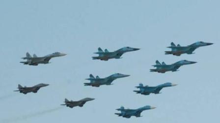 俄罗斯无视美国警告,50架战机同时起飞,公开宣布将支持伊朗