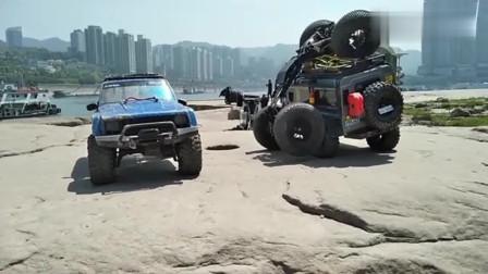 这是什么车?攀爬能力太强了,老司机们真会玩!
