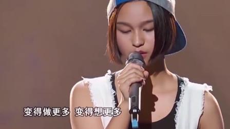布依族女孩质朴嗓音歌唱一曲张惠妹的歌曲,导师都被歌声带进去了