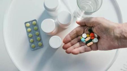 高血压降不下来?肯定是进入这两个吃药误区了,马上改正吧!