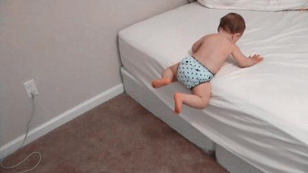 1岁娃睡醒后发现爸妈不在,监控拍下这一幕,网友:长大还得了!