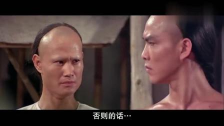 师傅教徒弟咏春拳,一招一式都来真的,徒弟可受苦了
