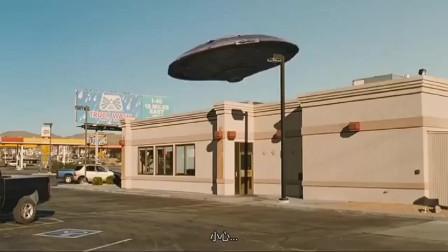 超人集中营:这些身怀绝技的少年太任性了! 买个汉堡都开飞碟, 霸气!
