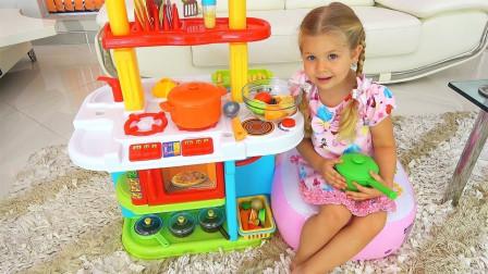 好美味!萌宝小萝莉做哪些美味的食物给小正太吃呢?趣味玩具故事