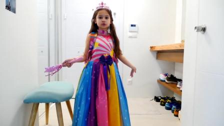 超漂亮!萌宝小萝莉精心打扮后要去哪里呢?趣味玩具故事