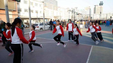 北京刮强风 全市学校停止一切户外活动