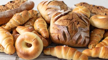 【食好店】3分钟卖出1300个面包,她们把朴实的温暖揉进面团里。