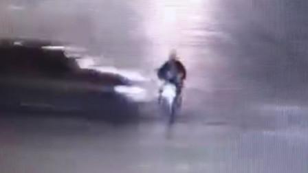 【重庆】摩托车被越野车撞飞 驾驶员受伤还担责