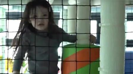 超人回来了: 攀岩失败的建厚找叔叔帮忙,真是聪明的小可爱