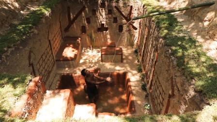 农村小伙在山林里挖的这个地下泳池,很有格调