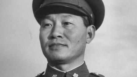他身高不到一米六,考黄埔差点被拒,后成蒋介石天子门生第一人