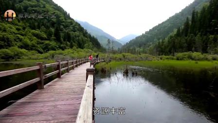 中国因改名翻身的3景点,香格里拉上榜,张家界原名你知道吗?