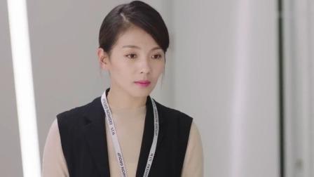 美女总裁工作太忙,喝咖啡吃饭都没时间,刘涛饰演女文秘太贴心