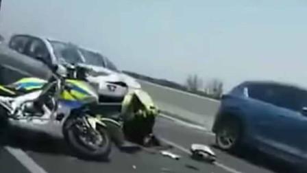 突发!杭州一交警处理事故时 遭后方来车撞击受伤