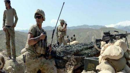 美国海军陆战队特种部队宣传片, 整个过程就是装备秀