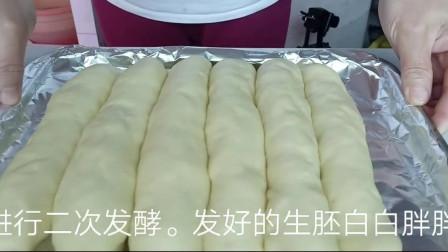 做手工面包五分钟快速出膜,技巧和手法都告诉你,满满的干货