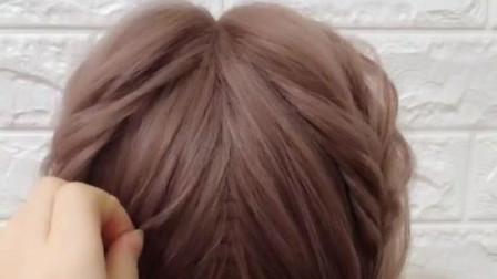 编发教程:穿卫衣搭配这款发型,好看,简单