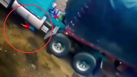 男童独自玩耍被大卡车撞倒 卷入车底奇迹生还