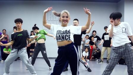 ibuki 编舞《Turn Up The Music》Urban Dance Studio Waccking 都市编舞