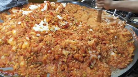 印度最受欢迎的街头小吃是一公斤重的奶油咖喱