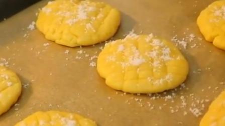 美食分享,小姐姐教你制作简单的菠萝包,在家做更健康美味