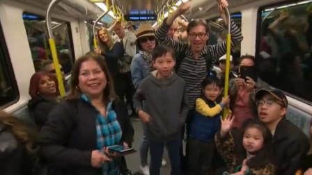 澳首条无人驾驶地铁开通 车门故障需手动打开